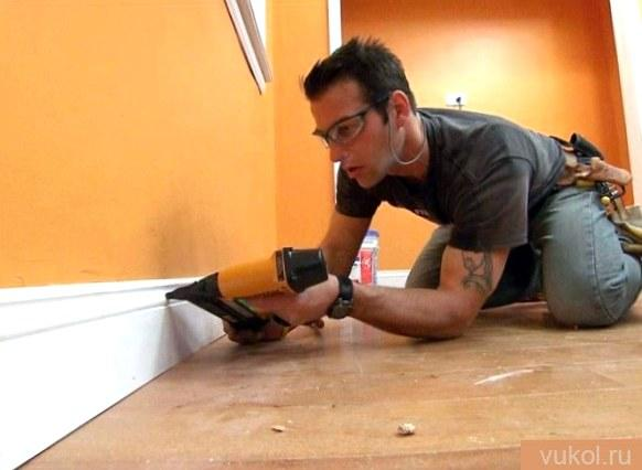 Как приготовить плинтус под покраску