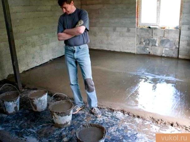 залить цементный пол