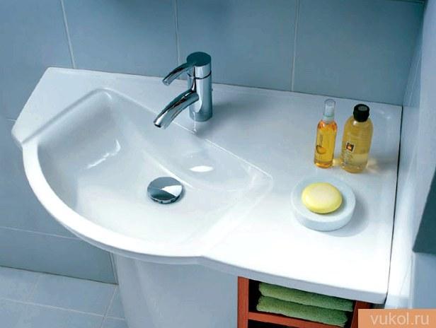Угловая раковина в ванную