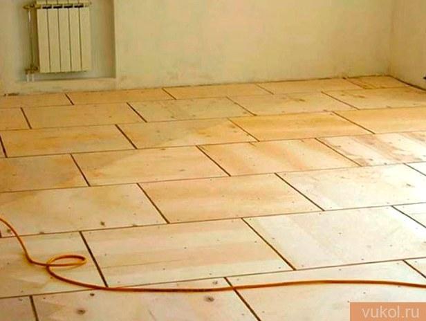 Укладка фанеры на древесный пол