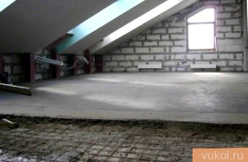 Заливка бетонной стяжки по перекрытиям