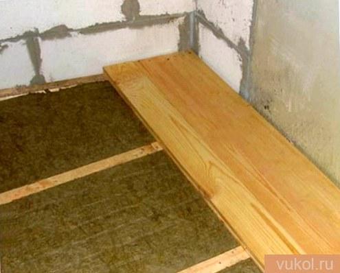 Укладка настила деревянного пола