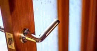 Как верно установить дверную ручку