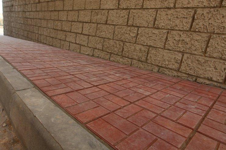 Плитка тротуарная полимерная
